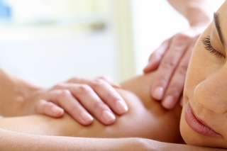 Aromatic, relaxing body massage